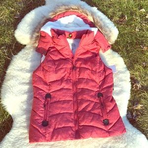 NWT Green Tea Puffer Hooded Vest Red size Sm